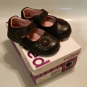 PEDIPED FLEX Girl's MARY JANES Leather Brown 8.5